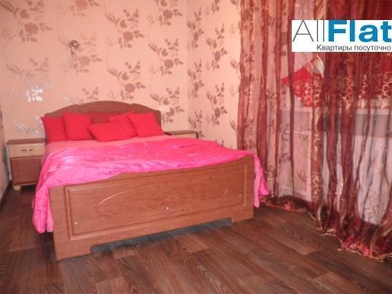 1 комн. квартира посуточно. ул. Савченко 10  в Донецке, ул. Савченко 10