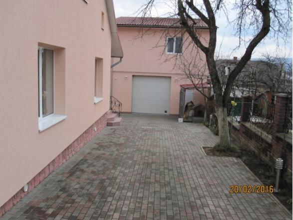дом в Трускавце, вишенського 10