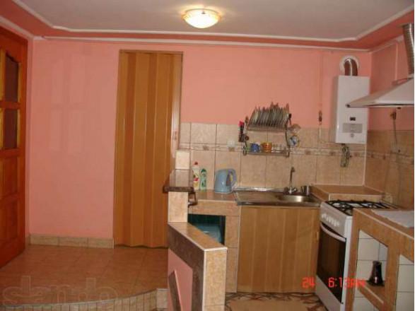 3-комнат. дом в Берегово, Грушевськая 8