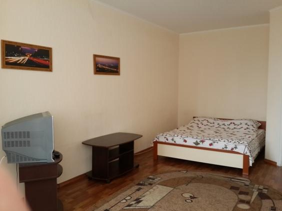 1-комнат. квартира в Киеве, Григоренко Петра 28