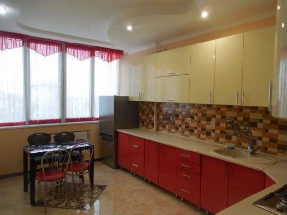 4 комн. квартира в Трускавце, Шашкевича 16