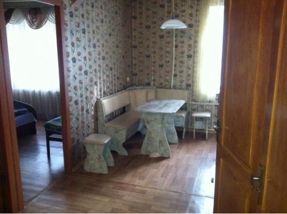 2 комн. квартира в Днепродзержинске, проспект Василя Стуса 27