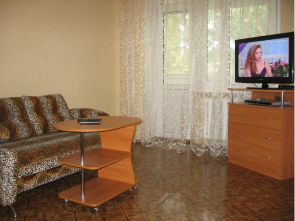 1-комнат. квартира в Черкассы, Благовестная  156/58