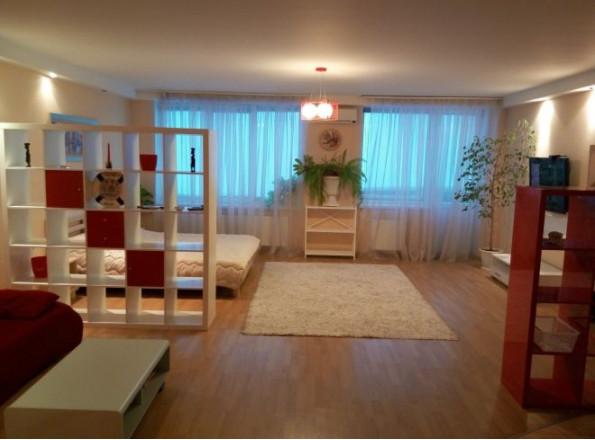 1-комнат. квартира в Одесса, Литературная 12