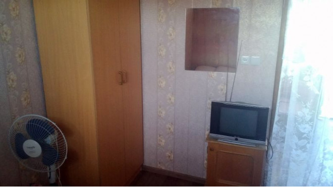 6-комнат. дом в Бердянске, ревуцкого 7