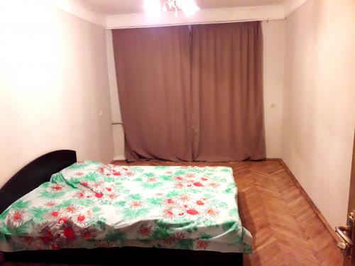 2-комнат. квартира в Киеве, Киквидзе 18-А