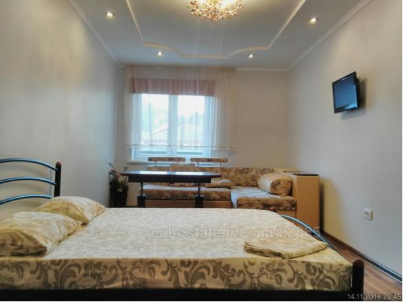 2-комнат. квартира в Львове, Осмомисла 3