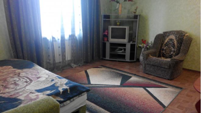 3-комнат. квартира в Умань, пушкина 38