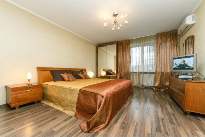 2-кімнат. квартира в Київ, Антоновича 122