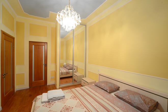 Изображение 3 - 2-комнат. квартира в Киеве, Крещатик  25