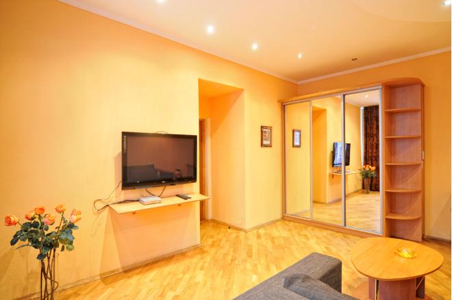Зображення 6 - 4-кімнат. квартира в Київ, Владимирская  37