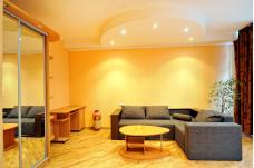 Зображення 3 - 4-кімнат. квартира в Київ, Владимирская  37