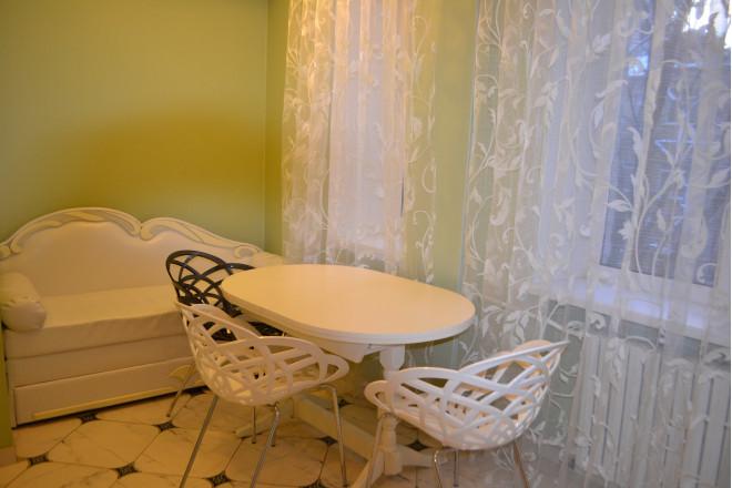 Зображення 7 - 2-кімнат. квартира в Київ, Пирогова 2