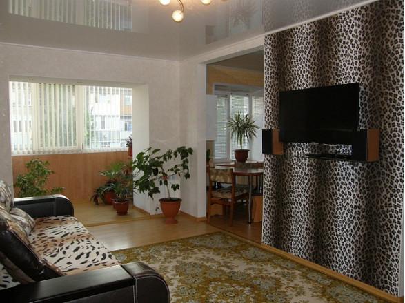 2-комнат. квартира в Бердянске, Азовский проспект 6