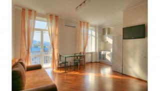 2-комнатная квартира в городе Киев, Костельная 11