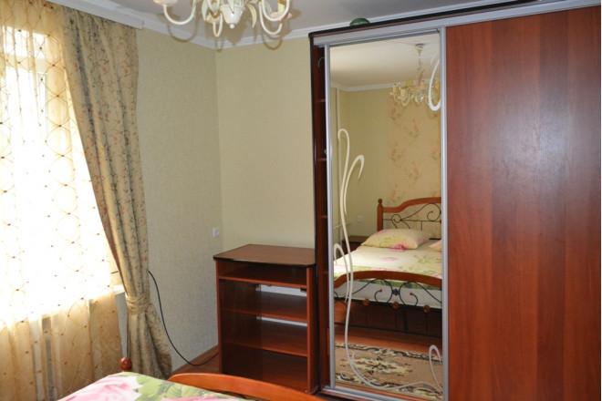 2-комнат. квартира в Каменец-Подольский, шевченко 14