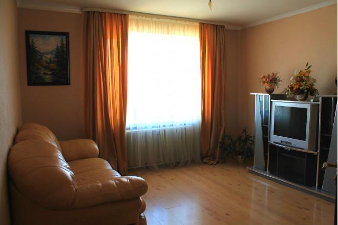 2-комнат. квартира в Луцке, Соборності 42