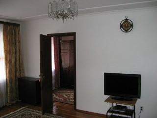 3-кімнатна квартира в місті Трускавець, Івасюка 1