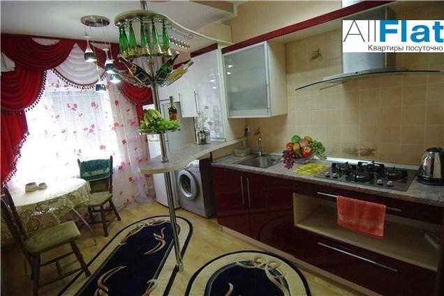 Изображение 4 - 1 комн. квартира посуточно. Платановая , 1  в Алушта, Платановая 1