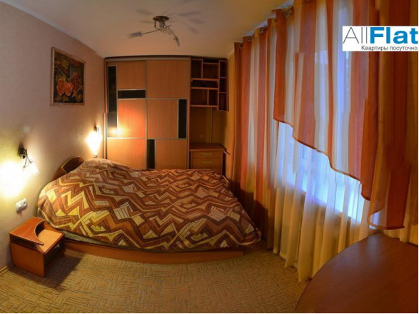 Зображення 2 - 2 комн. квартира в Чорнобай, Победы проспект 96