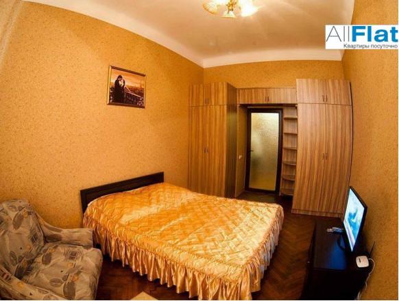 1 комн. квартира в Львове, Замковая 8